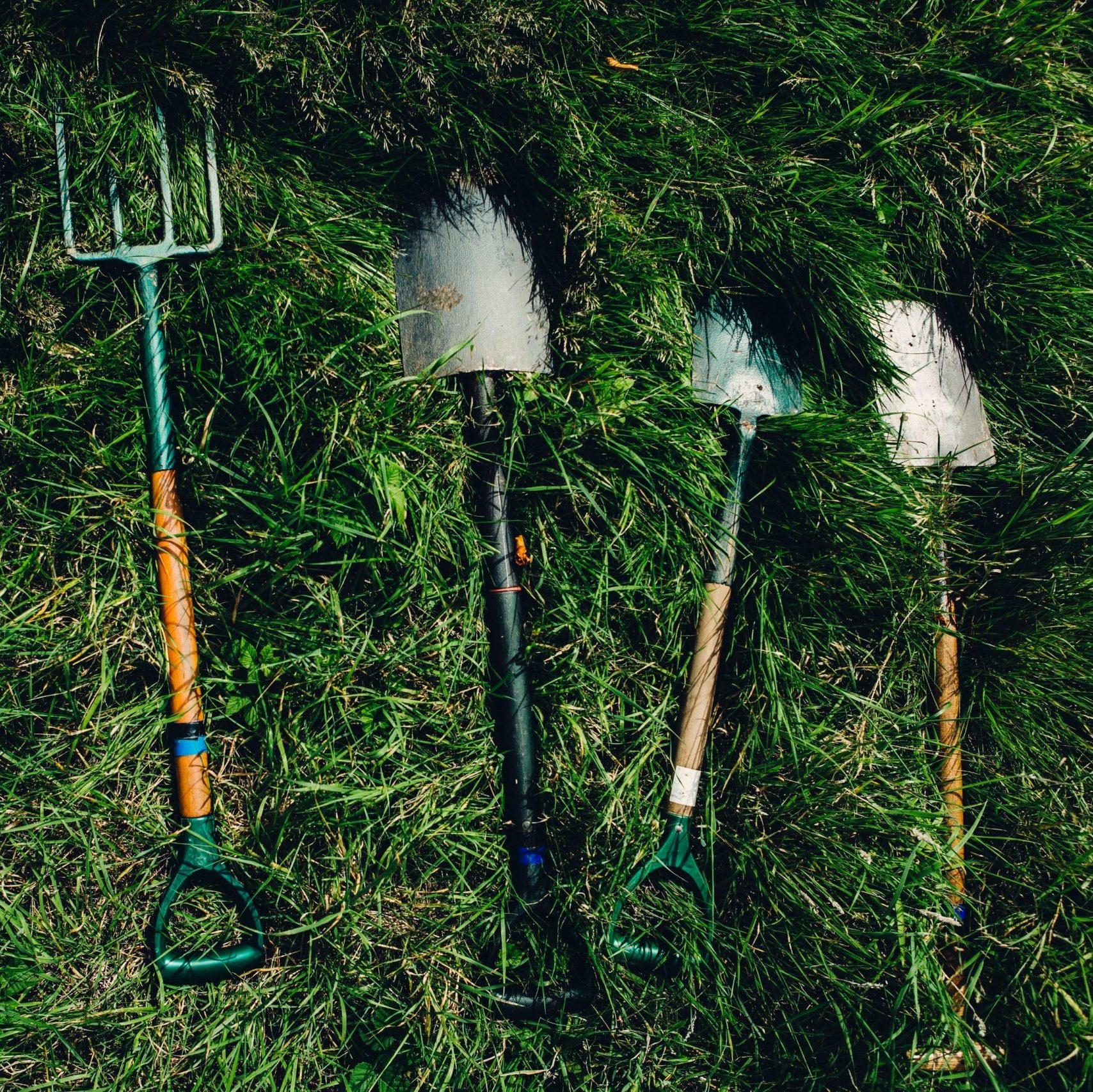 Gardening tool maintenance